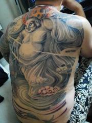 满背好看的弥勒佛纹身图案