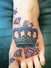 纹身男女都会喜欢的漂亮的钻石纹身图案