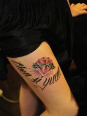 欧美花体英文钻石大腿纹身图案