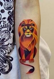 男生霸气狮子纹身图案
