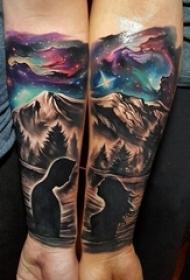 手臂上创意情侣纹身风景原宿星空纹身图片