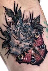 大腿蝴蝶玫瑰彩绘纹身图案