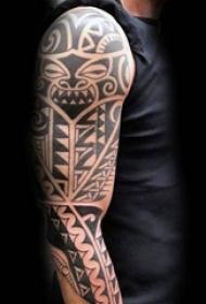男生黑白部落图腾纹身点刺技巧简单个性线条纹身图案