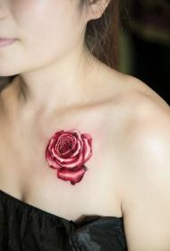 美女锁骨玫瑰花彩绘纹身图案