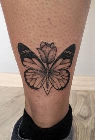 脚踝黑灰蝴蝶与花蕊纹身图案