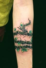 手臂满布荆棘的藤蔓彩绘纹身图案