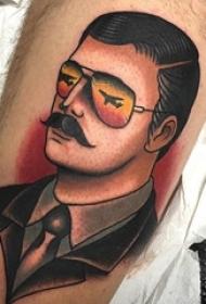 一组充满野心的彩色渐变纹身点刺技巧纹身图案