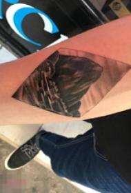 手臂黑白灰风格点刺技巧几何元素山水风景图片