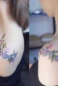 女生彩绘纹身技巧小清新植物纹身文艺花朵纹身图案