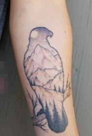 黑色手臂简单线条纹身动物鸟纹身轮廓山峰和树纹身图片