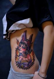 美女腰部漂亮的兔女郎纹身图片