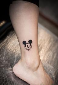 腿部卡通米老鼠纹身图案