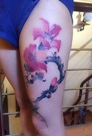 大腿水墨木棉花纹身图案