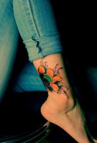 美女脚踝唯美好看的彩色花蕊纹身图案
