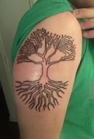 手臂上黑白灰风格抽象线条植物素材生命树纹身图片