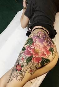 美女臀部争芳逐艳的牡丹花彩绘纹身图案