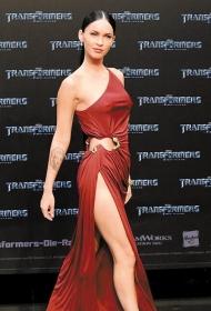 变形金刚女主角梅根福克斯的手臂肖像纹身图案