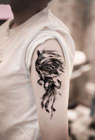 手臂浴火重生的凤凰纹身图案