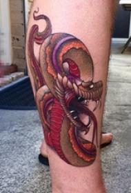 男生腿上彩绘技巧创意蛇纹身图片