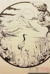 小清新的圆形山水图像纹身手稿图片