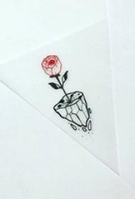 黑色线条几何元素红玫瑰盆栽纹身手稿