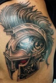 男生手臂上黑灰素描点刺技巧创意斯巴达霸气纹身图片