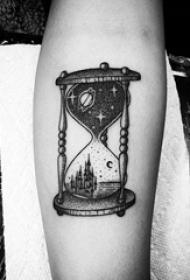 多款象征着时间流逝的创意精致经典沙漏纹身图案