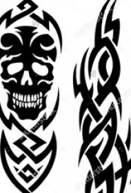 黑色线条创意霸气精致的骷髅图腾纹身手稿
