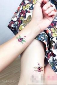 闺蜜的黑色线条素描几何元素创意花纹纹身图案