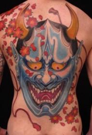男生后背上彩绘抽象线条植物花朵和般若纹身图片
