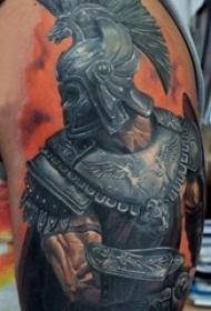 男生手臂上彩绘花臂个性战士人物肖像纹身图片