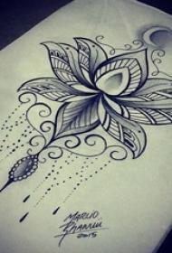 纯洁无暇的黑色抽象线条植物莲花纹