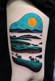 女生手臂上彩绘水彩创意落日风景纹身图片