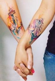 爱意无限的简单个性线条创意情侣纹身图案