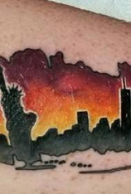 男生小腿上彩绘渐变几何简单线条创意城市建筑纹身图片