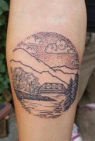 男生手臂上黑灰素描点刺技巧风景纹身图片