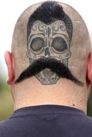 男生头部黑色点刺简单线条骷髅纹身图片
