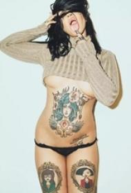 欧美女性的性感纹身