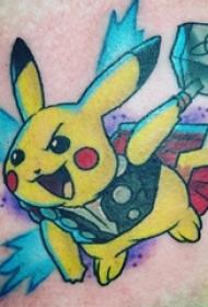 男生大腿上彩绘简单线条卡通神奇宝贝皮卡丘纹身图片