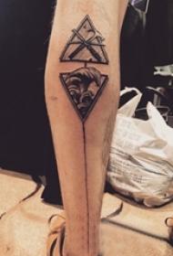 女生小腿上黑灰素描点刺技巧创意几何元素浪花纹身图片