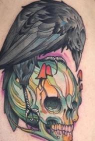 男生手臂上彩绘水彩素描创意恐怖骷髅霸气老鹰纹身图片