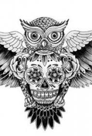 黑灰素描创意霸气文艺猫头鹰霸气纹身手稿