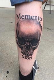 骷髅英文纹身男生小腿上骷髅英文纹身图片