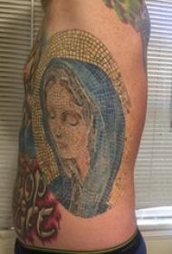 男生侧腰上彩绘几何简单线条拼接人物肖像纹身图片