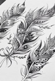 黑灰素描创意唯美花纹羽毛纹身手稿