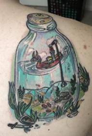 女生背部彩绘水彩素描创意文艺精致风景纹身图片