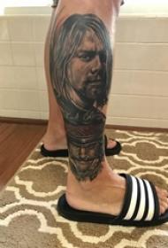 人物纹身男生小腿上人物纹身图片