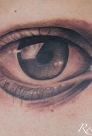 黑灰素描点刺技巧经典文艺唯美眼睛纹身图片