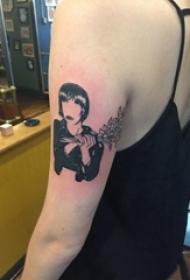 女生手臂上黑色点刺简单线条植物和人物纹身图片