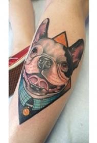 女生小腿上彩绘几何简单线条小动物狗纹身图片